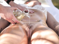 Tanned Blonde Bailey Brooke Gets A Massage And Big Cock Outdoors
