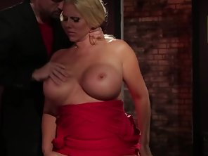 Big Boobs Babe Gets Rammed By Her Guy With Loudly Moans
