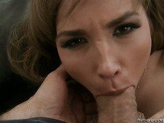 Jessica Lux Gives Head To Famous Porn Stud