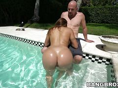 """Milf Latina Gal Julianna Vega With Bubbly Bottom Needs Nothing But Cum On Her Face To Be Happy"""" Target=""""_blank"""