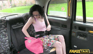 Dirty Slut Jessica Shows Her Skills In Fake Taxi Cab