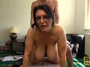 Glasses Wearing MILF Nailed By Her Taxi Driver