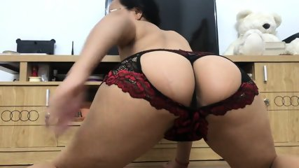 Asian MILF Ready For Mounting