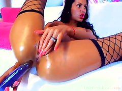 Sexy Brunette Fucking Her Oily Holes – Video 2