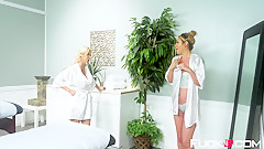 Alexis Fawx In Mother In Law Massage