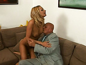Sex-starved Blonde Harlot Pays A Taxi Driver With Sex