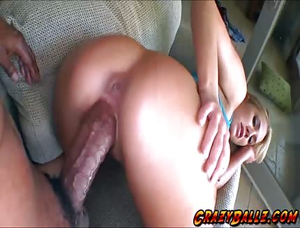 gorgeous blonde ucked by huge cock