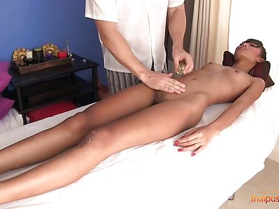 Skinny Thai Girl Phueng Gets Boned On A Massage Table